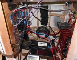 interieur-r2d2-radiocommande.jpg